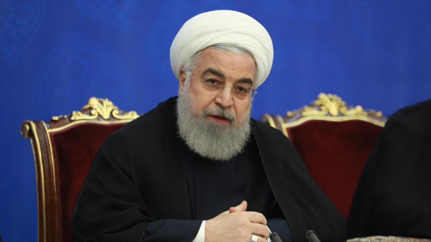 El presidente de Irán, Hasan Rohani, se reúne con un grupo de abogados en Teherán (capital), 15 de mayo de 2019. (Foto: President.ir)