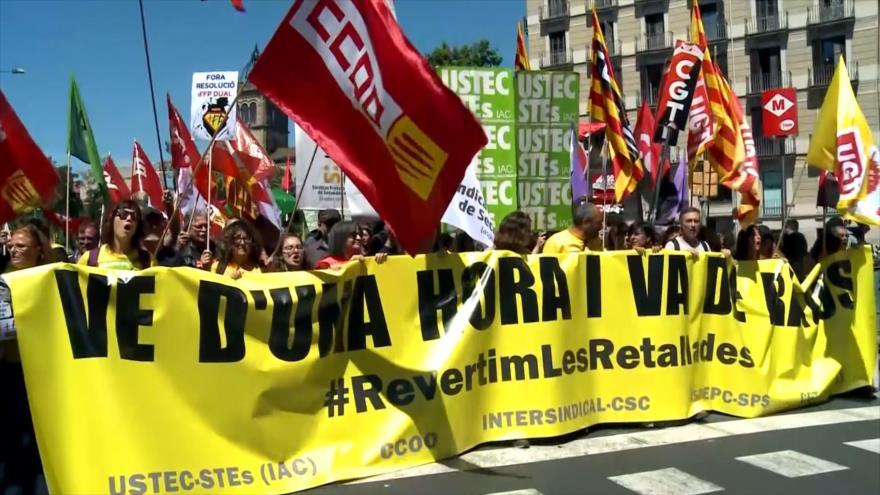Profesorado en huelga para revertir los recortes en Cataluña
