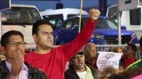 Ciudadanos hondureños gritan fuera a Juan Orlando Hernández