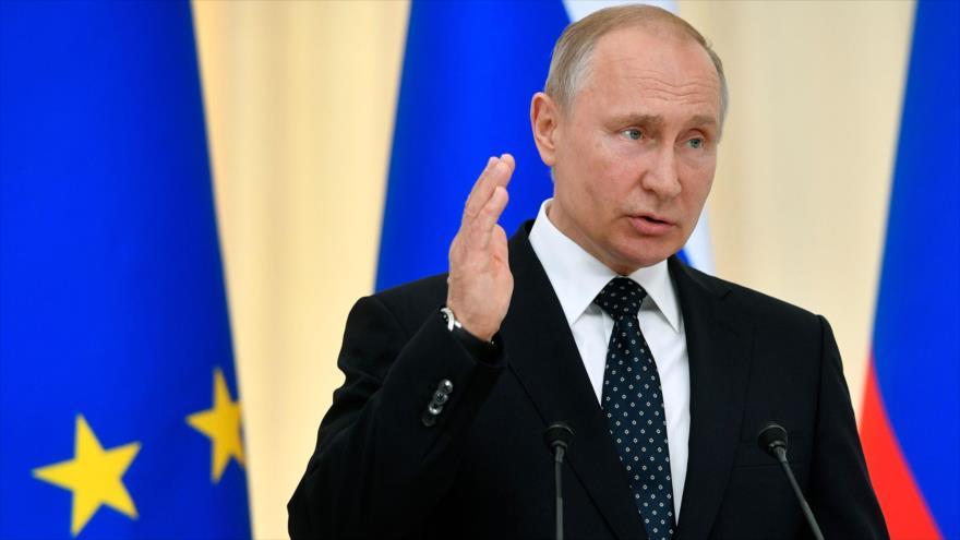 El presidente ruso, Vladimir Putin, habla en una rueda de prensa en Sochi, 15 de mayo de 2019. (Foto: AFP)