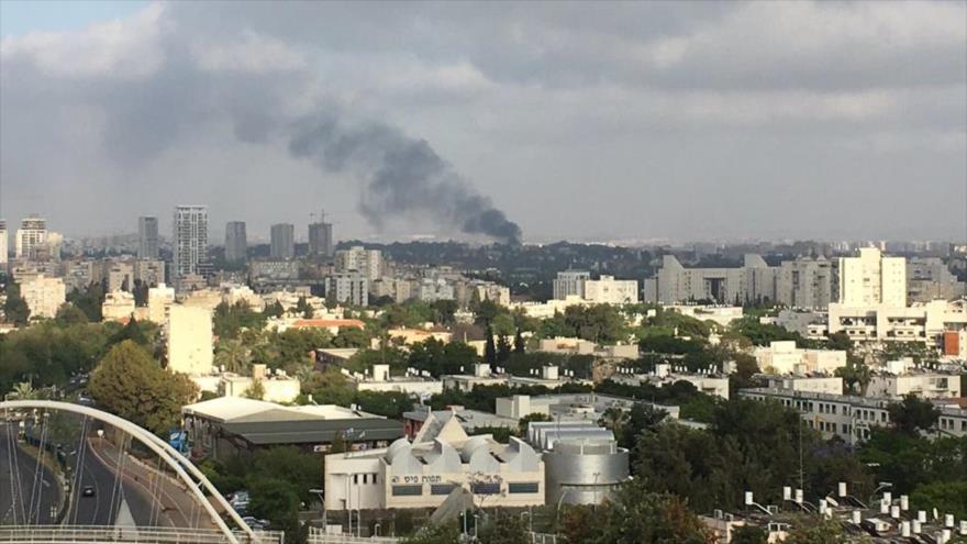 Vídeo: Gran incendio devora base militar israelí en Tel Aviv