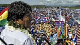 Morales inicia campaña electoral con una concentración 'histórica'