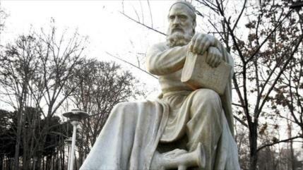 """Omar Jayam, matemático persa al que le debemos la incógnita """"X"""""""