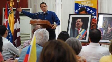 """Arreaza: Plan de EEUU contra Venezuela pasará a ser """"mal recuerdo"""""""