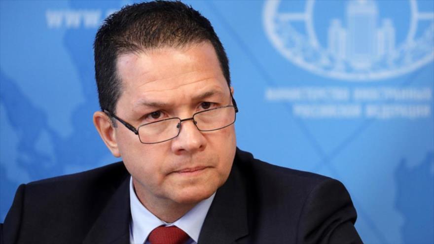 El embajador de Venezuela en Rusia, Carlos Rafael Faría Tortosa, ofrece una rueda de prensa en Moscú, Rusia, 21 de mayo de 2019. (Foto: TASS)
