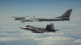 Cazas de EEUU interceptan 6 aviones militares rusos frente a Alaska