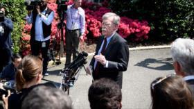 Bolton insta a disputar influencia de Rusia y China en el Ártico