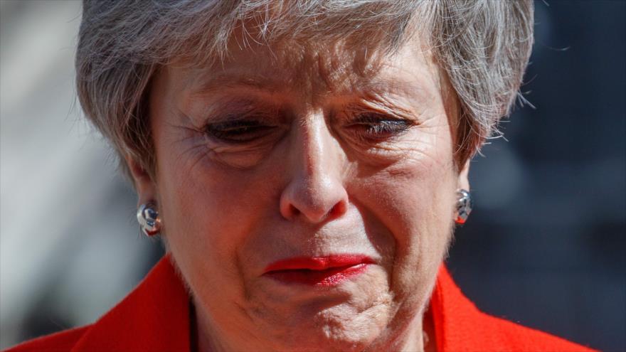 Theresa May rompe a llorar tras anunciar su dimisión   HISPANTV