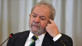 """Lula da Silva denuncia que Bolsonaro """"está incendiando el país"""""""