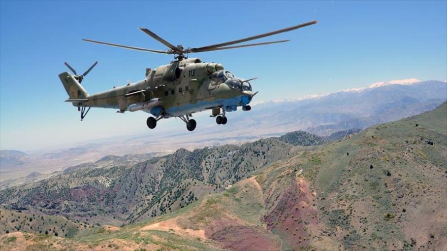 Helicóptero militar de EEUU destrozado en Afganistán al aterrizar