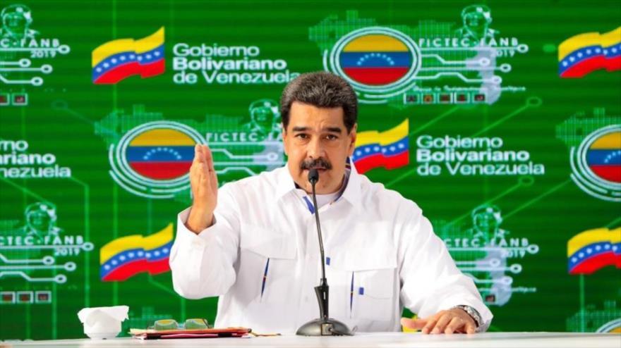 Maduro llama a venezolanos a prepararse para un combate con EEUU | HISPANTV