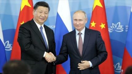 Diario chino: China con apoyo de Rusia desafiará intereses de EEUU