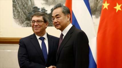 China promete apoyar la lucha de Cuba contra bloqueo de EEUU