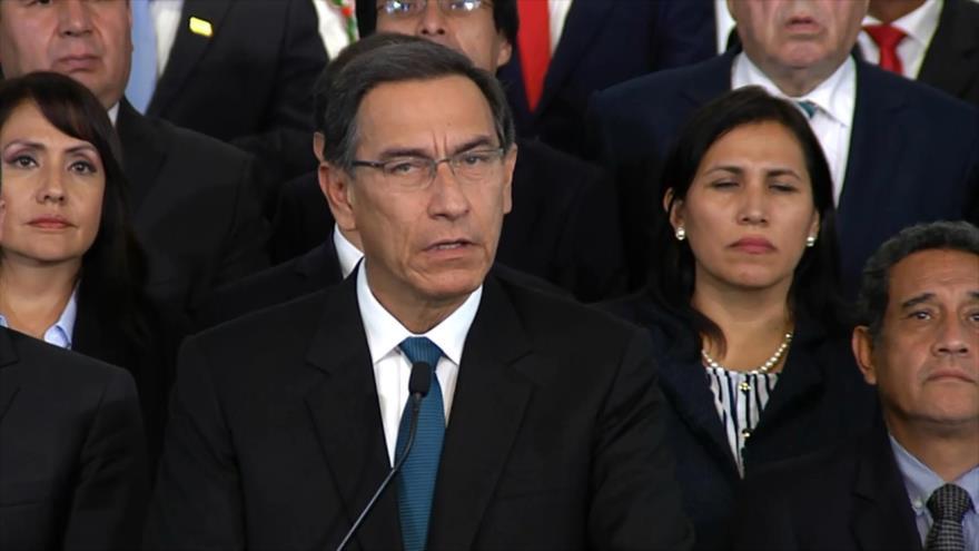 Presidente peruano arrincona al Congreso con voto de confianza