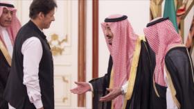 Imran Jan enoja a saudíes por su comportamiento con el rey Salman