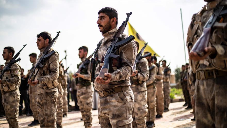 Milicias de las Fuerzas Democráticas de Siria en la ciudad de Qamishli, 10 de abril de 2019. (Foto: AFP)