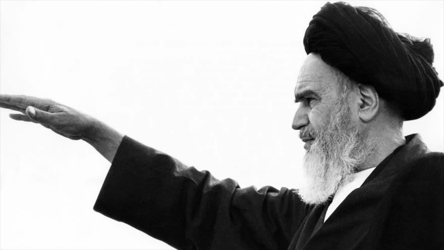 Cronología de la vida del fundador de República Islámica de Irán