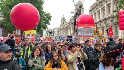 El pueblo británico protesta en Londres contra la visita de Trump