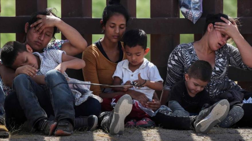 Gobierno de Trump cancela programas para niños migrantes en EEUU | HISPANTV