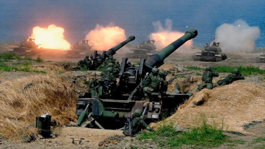 Los tanques CM-11, de fabricación estadounidense, se disparan durante un ejercicio militar, isla de Taiwán, 30 de mayo de 2019. (Foto: AFP)