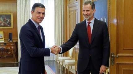 Pedro Sánchez recibe encargo de Felipe VI para formar gobierno