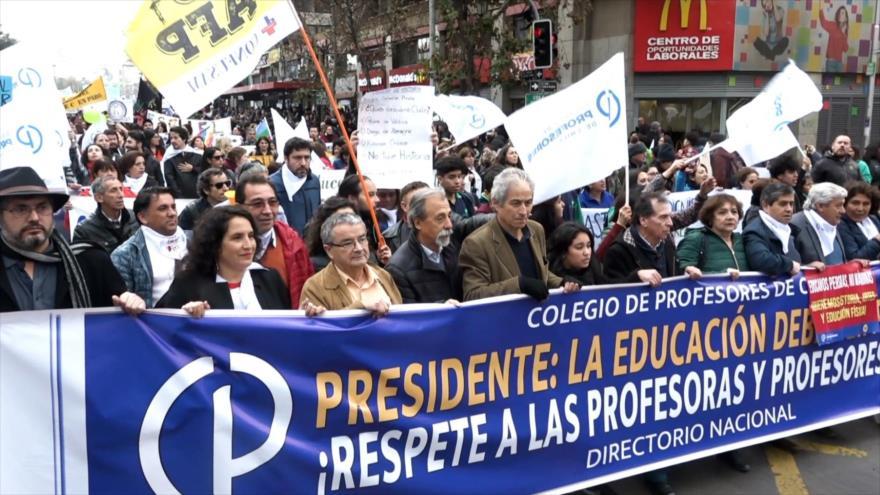 Huelga docente revela magnitud de crisis educacional en Chile