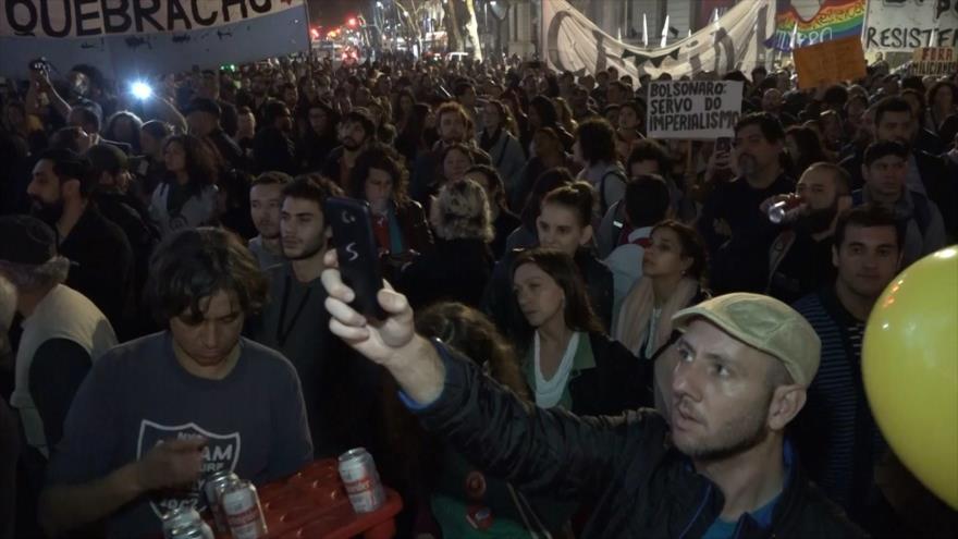 Los argentinos repudian la visita de Bolsonaro al país