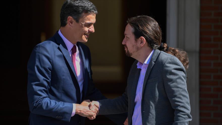 """Iglesias avisa a Sánchez: """"O la derecha o gobernar con Podemos"""""""