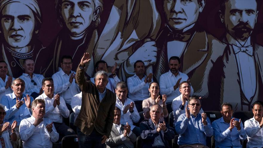 AMLO encabeza 'celebración' luego de que EEUU renunciara a tarifas