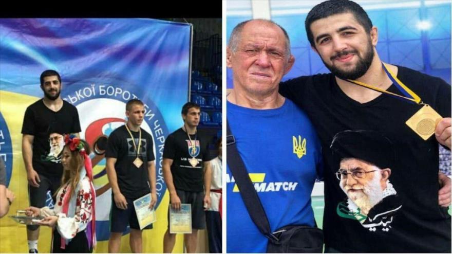 El luchador ucraniano Almar Noor Aliyev lleva una camiseta con la imagen del Líder de Irán, el ayatolá Seyed Ali Jamenei.