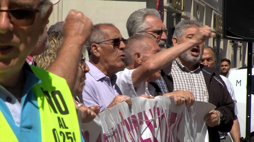 Protesta por pensiones, Ley Mordaza y reforma laboral española