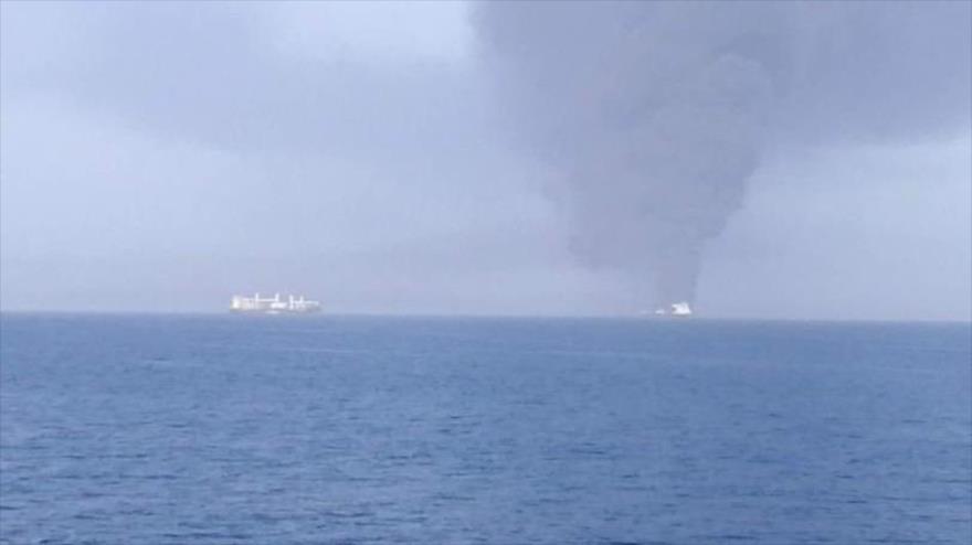 Informan de explosión de dos buques cisterna en el mar de Omán
