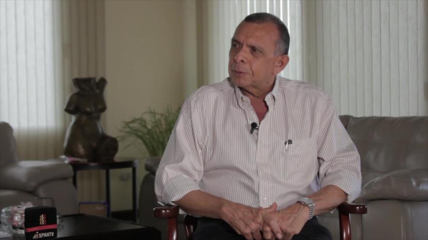 Entrevista Exclusiva: Porfirio Lobo Sosa