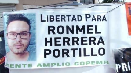 Dos maestros hondureños se declaran en huelga de hambre indefinida