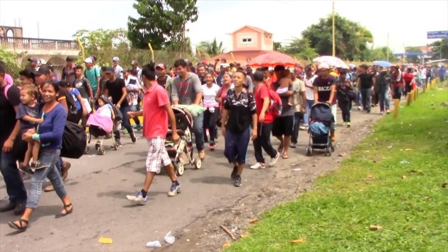 Caravanas de migrantes han sido financiadas por grupos externos