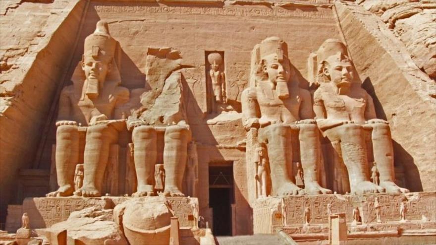 La entrada a la tumba del faraón Ramsés II.