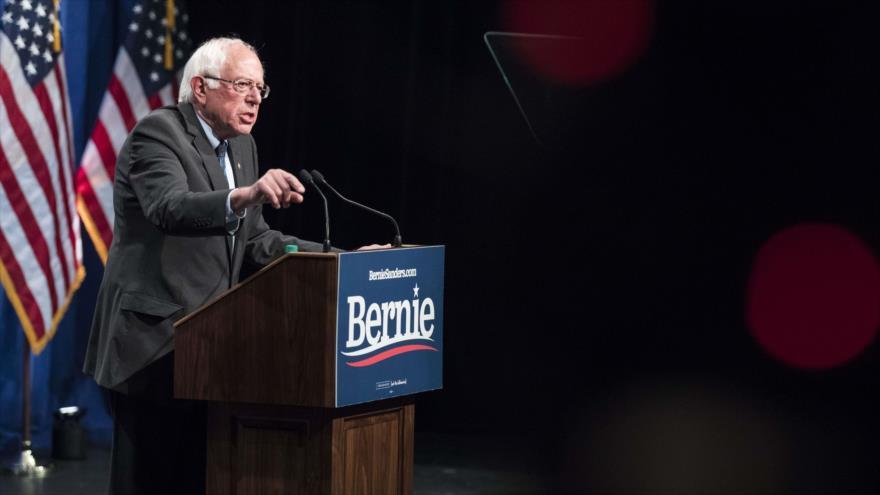 El senador estadounidense Bernie Sanders ofrece un discurso en la Universidad George Washington,12 de junio de 2019. (Foto: AFP)