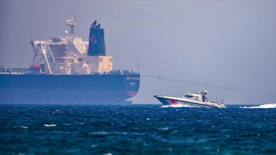 Buque cisterna en el Golfo Pérsico.