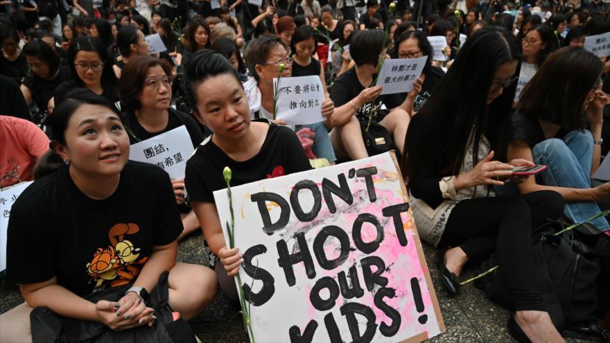 Hong Kong suspende el proyecto de ley sobre extradición a China
