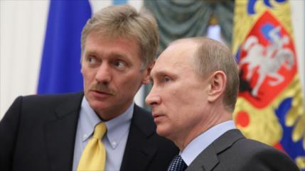 """Rusia censura """"acusaciones gratuitas"""" de EEUU sobre incendio naval"""
