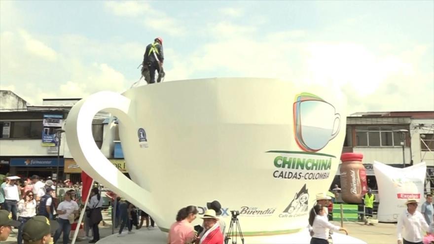 Colombia busca récord Guinness con taza de café más grande
