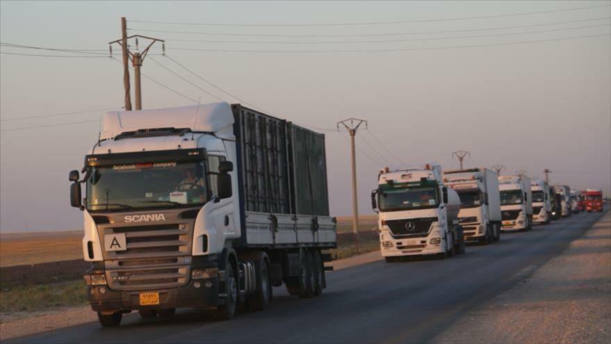 Vídeo: EEUU envía 120 camiones de armas a sus aliados en Siria