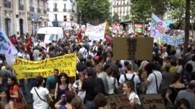 Profesores franceses repudian reformas educativas de Macron