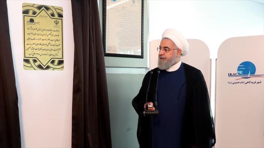El presidente de Irán, Hasan Rohani, en un acto en el aeropuerto Internacional Imam Jomeini de Teherán, 18 de junio de 2019.