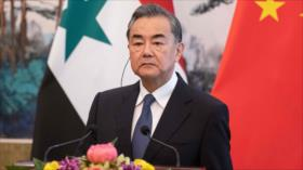 """China insta a EEUU a dejar """"métodos de presión máxima"""" contra Irán"""