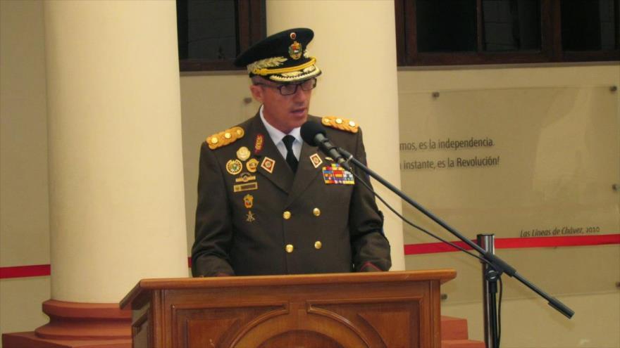 El secretario del Consejo de Defensa de la Nación de Venezuela, el mayor general Pascualino Angiolillo Fernández.