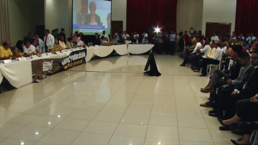 En Honduras médicos y maestros inician diálogo alternativo