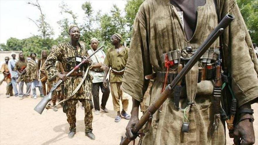 Un grupo de hombres armados en Malí.
