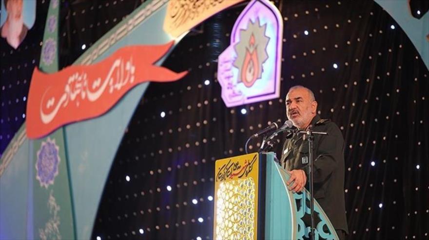 El comandante en jefe del Cuerpo de Guardianes de la Revolución Islámica de Irán, Hosein Salami, habla en un acto en ciudad de Sananday, 20 de junio de 2019.