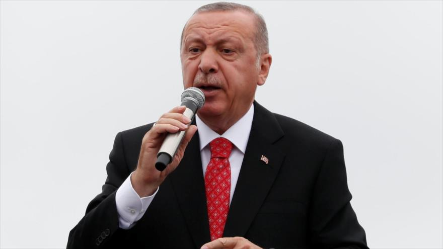 Erdogan: EEUU debe pensárselo muy bien antes de imponer sanciones | HISPANTV
